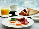 Bed & Breakfast Deals from The Ritz-Carlton Singapore