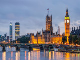 Cheap Flights Tickets From Kuala Lumpur To London with Vietnam Airlines