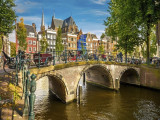 Early Bird deals to America and Europe from RM2,330* on Dragonair